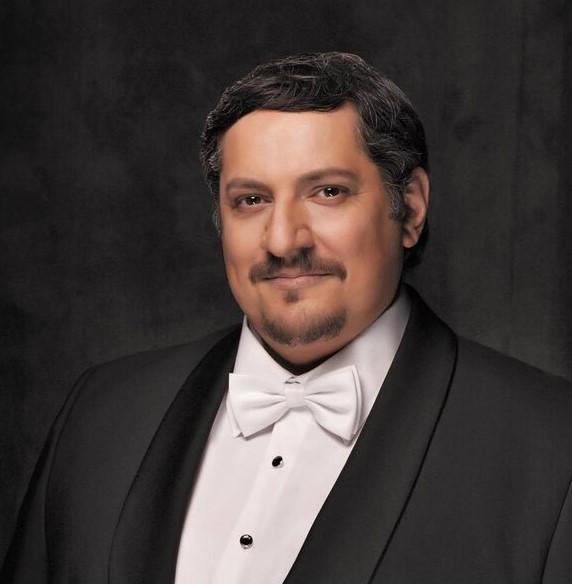 Николай Диденко исполнит русские народные песни вместе с оркестром народных инструментов