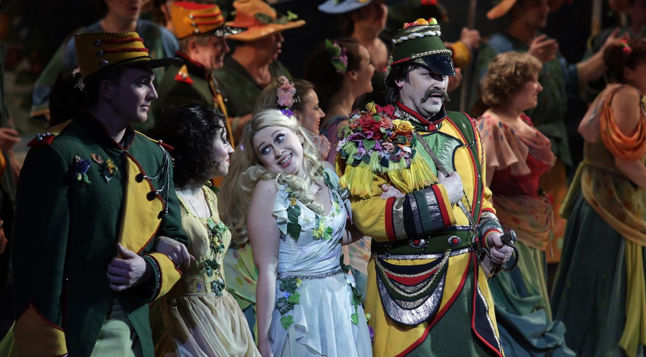 В. Дмитрук в опере «Любовный напиток» Г. Доницетти