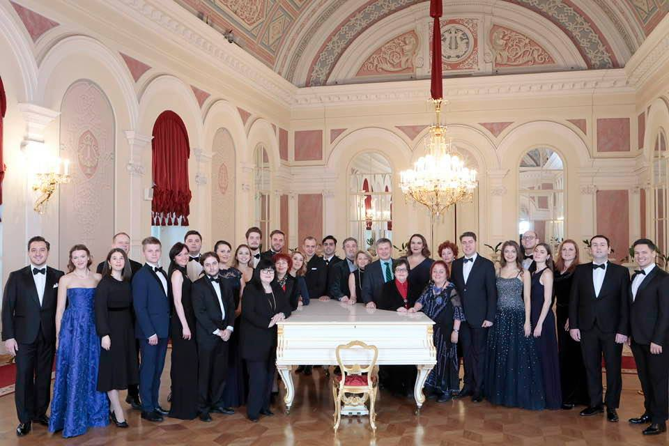 Эльмира Караханова в концерте артистов Молодежной оперной программе Большого театра